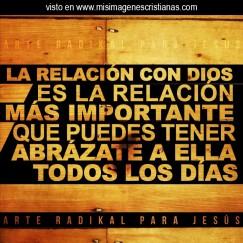 Imágenes-Cristianas-La-Relacion-Con-Dios-Es-Lo-Mas-Importante-1